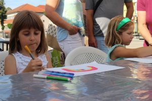 """Mali i veliki sudjelovali u """"Crtanju na ulici"""""""