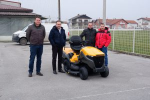 NK Plitvica Selnik dobila novu traktorsku kosilicu